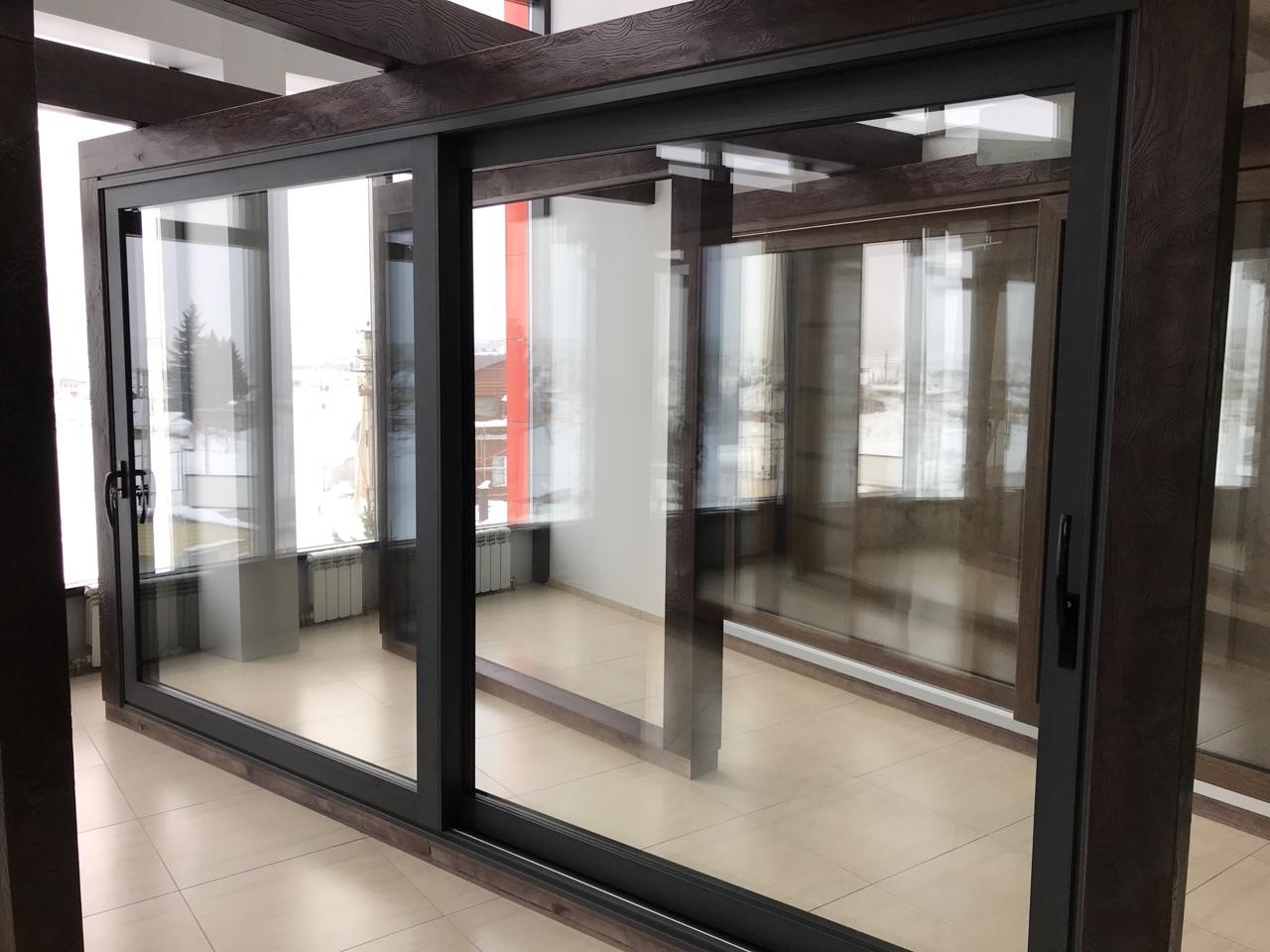 Алюминиевые панорамные раздвижные двери